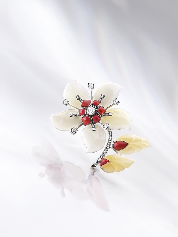 Broche fleur Agates Corail diamants-Sotheby's
